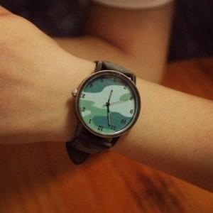 腕時計 シック 迷彩柄 大きめ文字盤