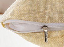 【お取り寄せ】クッションカバー シックなイラスト シンプル (ひげとメガネと帽子)