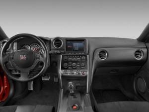 激安 日産 Nissan GTR R35 ドライカーボンステアリングカバー/ハンドル/インテリアパーツ/内装/送料無料