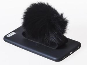 Apple iPhone 6/6S ふわふわ ポンポン付 ハンドバンド ホルダー マットケース#ブラック