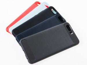 Huawei P10 Plus用 ヘアライン模様×カーボン調 TPU ソフトケース#ブラック