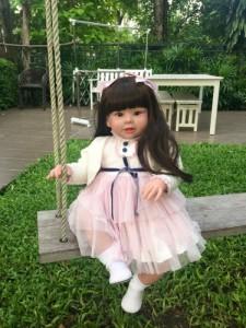 ☆新品・送料無料☆ トドラー人形 プリンセスドール リボーンドール 抱き人形 約70cm 衣装付き 黒髪ロングヘア 選べるアイカラー 女の子