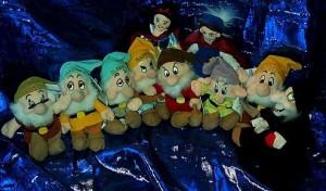 白雪姫Snow White's 7 Dwarves with Mint Tags - Disney Mini Bean Bag Plush