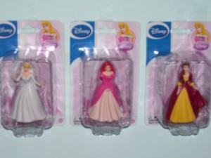 ディズニープリンセス3 Disney Princess Figurines Cinderella & Belle & Ariel (Sold As 3 Figurines in a