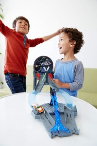 ホットウィールHot Wheels Star Wars Throne Room Raceway Track Set