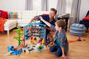 ホットウィールHot Wheels Ultimate Garage Playset, Frustration-Free Packaging