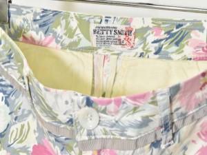 ベティスミス Betty Smith パンツ クロップド 花柄 フラワー ホワイト系 SS 180305R レディース ベクトル【中古】
