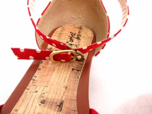 Peat arbre サンダル レディースシューズ ローヒール ストラップ ドット 赤 25 ※HM 161124 レディース