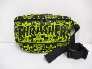 【中古】スラッシャー THRASHER ロゴ ウエスト ボディ バッグ 黒 黄 裏地付き 総柄 ナイロン メンズ