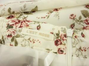 レストローズ L'EST ROSE スカート ひざ丈 花柄 プリーツ フレア 2 白 ホワイト 赤 レッド /ek レディース ベクトル【中古】