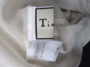 ティアラ Tiara ブラウス インナー シースルー フリル くるみボタン パフスリーブ 半袖 ベージュ 【中古】 ベクトル【中古】