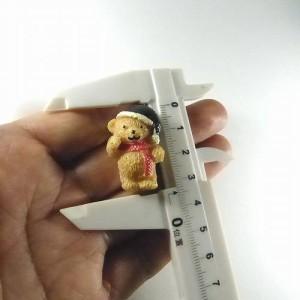 ◎ ファンシーピンバッジ 熊ベアー 帽子 黒 FP-141 動物バッジ バッチ
