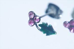 シャインフラワーリーフデザイン 2ピンクカラーキュービックジルコニア ジュエリー系スタッドピアス