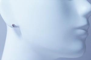 ふっくら葉柄デザイン チェリーピンクキュービックジルコニア ジュエリー系スタッドピアス