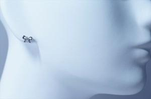リボン型バタフライデザイン ホワイトキュービックジルコニア ジュエリー系スタッドピアス