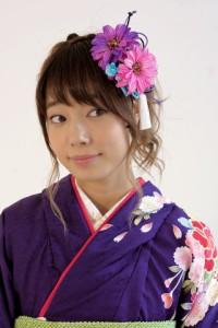 [成人式など晴れの日にオススメ][ビビッドカラー☆ガーベラの髪飾りかんざし]ピンク/花/振袖