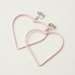 ピンク/大オープンハートが揺れるイヤリング