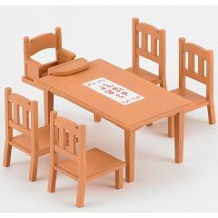 シルバニアファミリー カ-412 ダイニングテーブルセット(1セット)(発送可能時期:3-7日(通常))[人形]