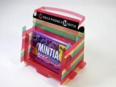 MINTIA 携帯とミンティアが立つスタンド Xmas