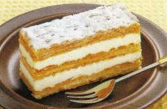 さっくりしたパイ生地、その名もミルフィーユケーキ