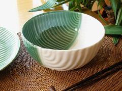 タバナン リーフ型ボウルL[D.16cm] 艶有り緑と白のミックス/アジアン雑貨/バリ雑貨