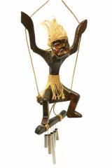 木彫りの原人 ドアチャイム ブランコ吊り下げ アジアン雑貨 バリ雑貨 タイ雑貨 アジアンインテリア