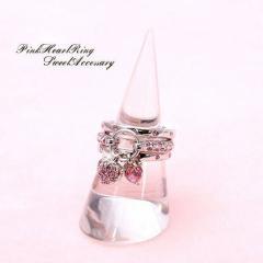 送料無料 指輪 レディース アクセサリー とっておきの3連重ね付けリング ピンクオクタントクリスタル使用の指輪