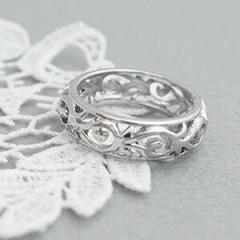 サージカルステンレス使用 アラベスクの透かしデザインリング 低アレルギー レディース 指輪 激安