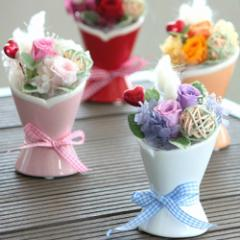 『petit bouquet 小さな花束』 クリアケース付き 【プリザーブドフラワー ローズ 誕生日 結婚祝い  ギフト 敬老の日】【送料無料】