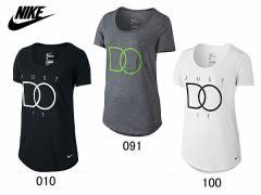 ナイキ:【レディース】DRI-FIT BLEND JDI ボーイフレンド Tシャツ【NIKE スポーツ フィットネス Tシャツ 半袖】