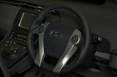 TOMS ステアリング トヨタ アクア NHP10用 レザーモデル(品番:45100-TZW32)