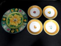 ナルミ NARUMI 食器 新品同様 白×マルチ 大皿×1/小皿×4 陶器【中古】