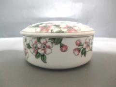 ティファニー TIFFANY&Co. 食器 新品同様 - 白×マルチ 小鉢/花柄 陶器【中古】