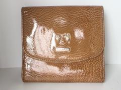 ブルガリ BVLGARI Wホック財布 - ライトブラウン LIMITED EDITION TOKYO OMOTEDSNDO エナメル(レザー)【中古】
