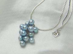 あこや本真珠の鈴なりパールペンダント ブルー