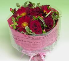 【送料無料】スカーレットの赤いバラのブーケ 【花束】【プレゼント】【お誕生日】