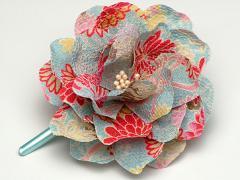 和柄ちりめんコサージュMヘアクリップ付き 髪飾りヘアアクセサリー かわいい おしゃれ 花 フラワー ピン 日本製 和装洋装 浴衣 袴(色111)