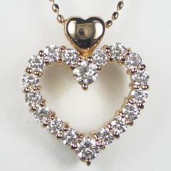 豪華な0.5ctダイヤモンドハートK18ピンクゴールドネックレス