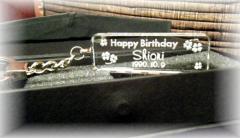 名入れ彫刻【ガラスのキーホルダー】誕生日★結婚記念★バレンタイン★ホワイトデー★ペアーアイテム★クリスマス