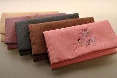 数珠袋・刺繍タイプ・5種類中の蝶/藤色