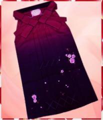 卒業式&謝恩会♪レンタルよりお得♪グラデーションぼかし刺繍袴(はかま)ワイン紫地薔薇リボンM・L