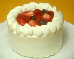 ベリーショートケーキ4号 直径12cm / 誕生日/バースデーケーキ/ギフト