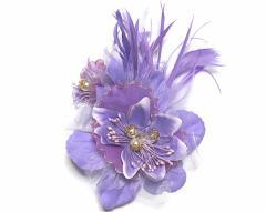 DCX056 紫 浴衣・結婚式・花・入園式・卒園式・パーティー・二次会・髪飾り・羽付コサージュ・クリップ2WAYタイプ