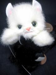 日本製高級ぬいぐるみ ★寝そべりCAT  白猫  ネコ/キャット/動物グッズ/アメショ
