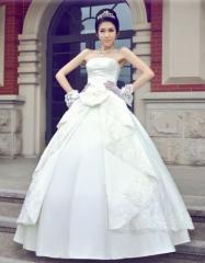 ウェディングドレス.ドレス.プリンセス.舞台ドレス.結婚式.演奏会.二次会...ブライダル・ベール・グローブ・パニエ無料付き ★ A1321