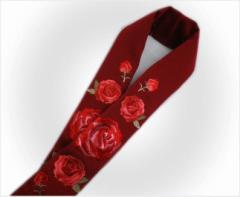 振袖成人式&袴・着物に ぎっしり刺繍半衿半襟濃赤色地薔薇