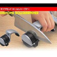 【ダイヤモンドロールシャープナー】片刃包丁、両刃包丁のどちらもハガネ、ステンレス、セラミックと全ての包丁が砥げます!