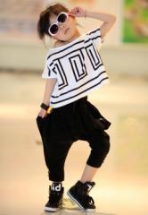 【即納】 ≪SALE≫  子供服 キッズ セットアップ 半袖 Tシャツ サルエルパンツ 男女兼用 オシャレ ダンス