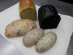 奇跡の30年自家製天然酵母ヘルシーセット。リンデンバウムの自家製酵母パンの人気NO1の美味しさが詰まった決定版です。