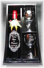 名入れお酒【フルワイン750ml&ペアワイングラスセット】結婚祝い★フタリの記念日★クリスマス★結婚記念★誕生日